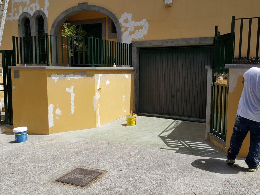 Pintura exterior, barandillas y suelo Santa Brigida.JPG
