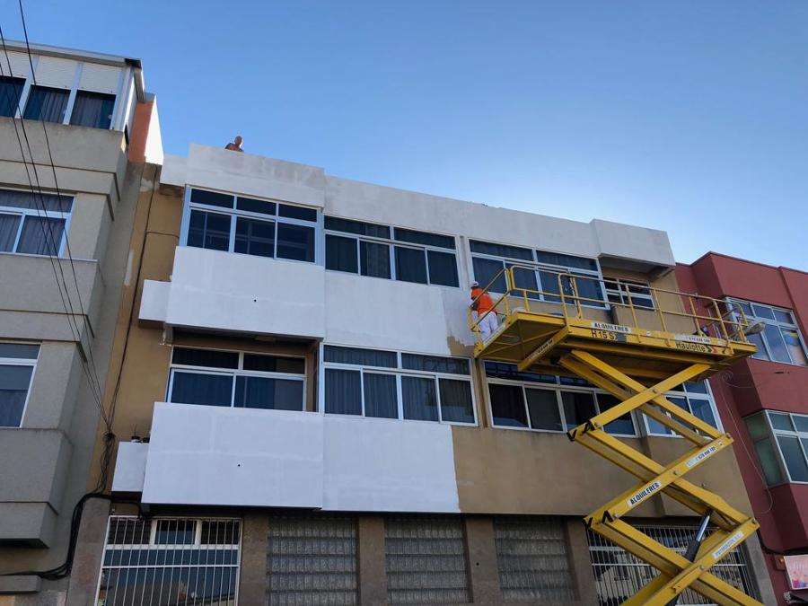pintura exterior de fachada edificio 8.JPG