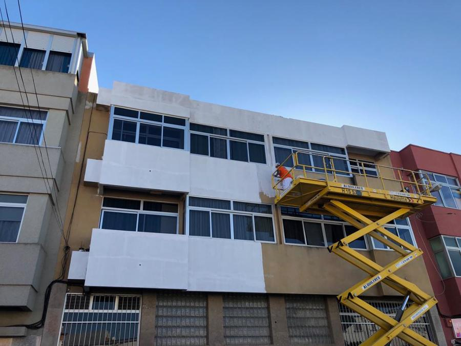 pintura exterior de fachada edificio 9.JPG