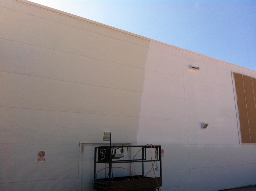 Foto pintura fachada decathlon de flavius gosav 385680 - Piscina infantil decathlon ...