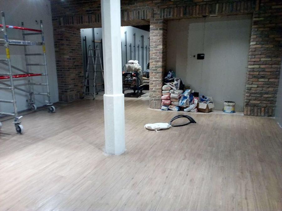 pintura interior local comercial Triana 1.JPG