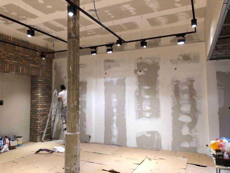 pintura interior local comercial Triana 11.JPG