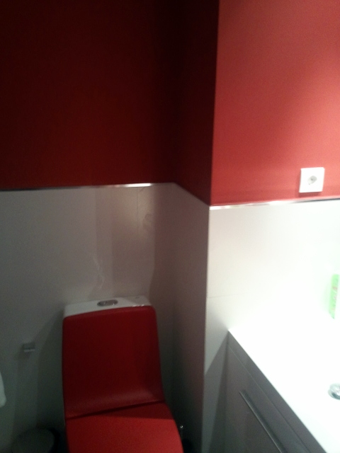 pintura lisa en baño