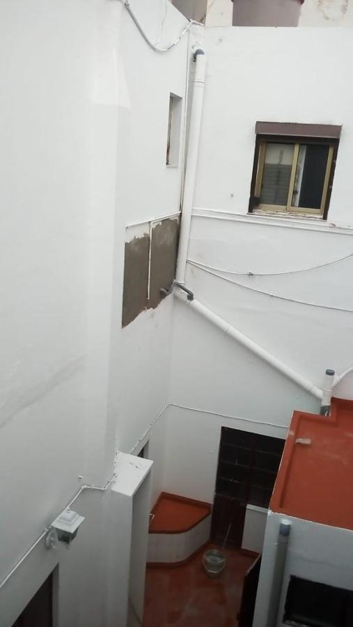 pintura patio de luz edificio 2 plantas 5.JPG