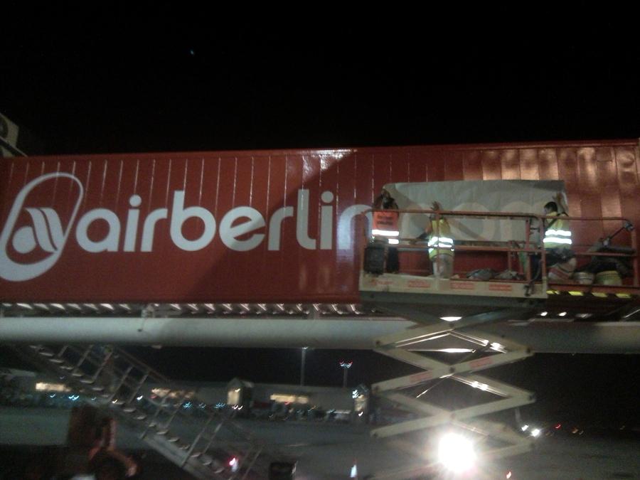 Pintura y decoración pasarelas Air Berlin (Aeropuerto de Palma)