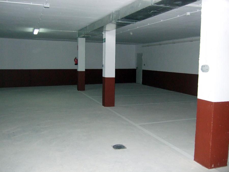 foto pintura y suelo garaje de rehabilitaciones vinmar s