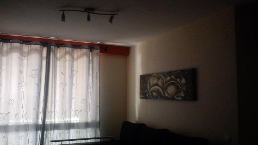 Foto pinturas en sal n de reformas dasamo 392704 for Color garbanzo pintura