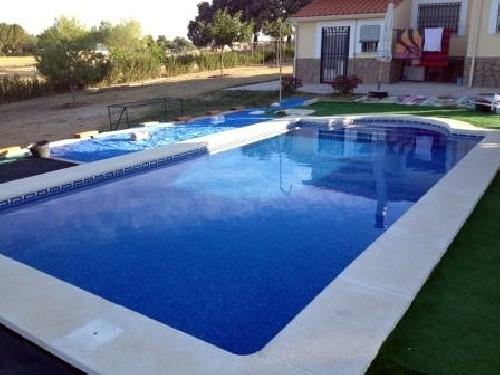 Foto piscina 8 x 4 m de euroacu ticas 2002 s l l 251802 for Piscina 8 metri x 4