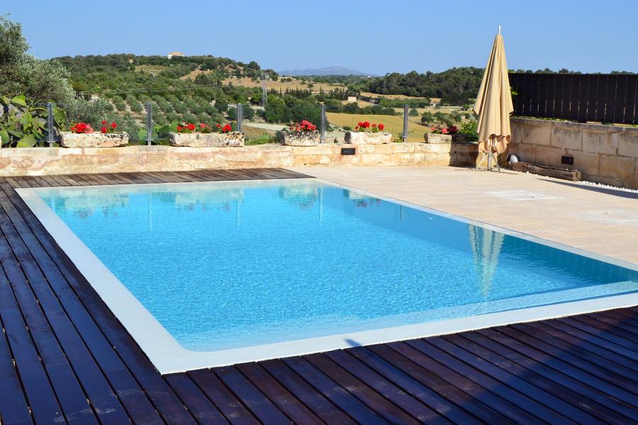 Foto piscina con desbordante oculto de antoni gost s l for Piscinas desbordantes precios