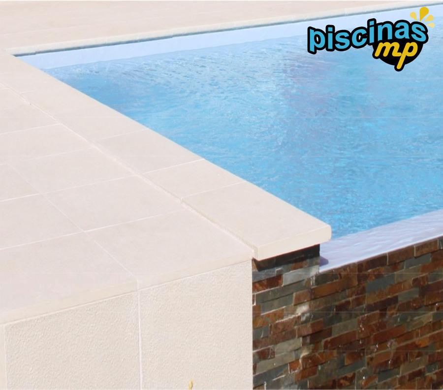 Foto piscina con estructura de hormig n de piscinas mp for Estructura para piscina