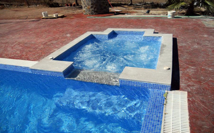 foto piscina con jacuzzi de todosty 348126 habitissimo