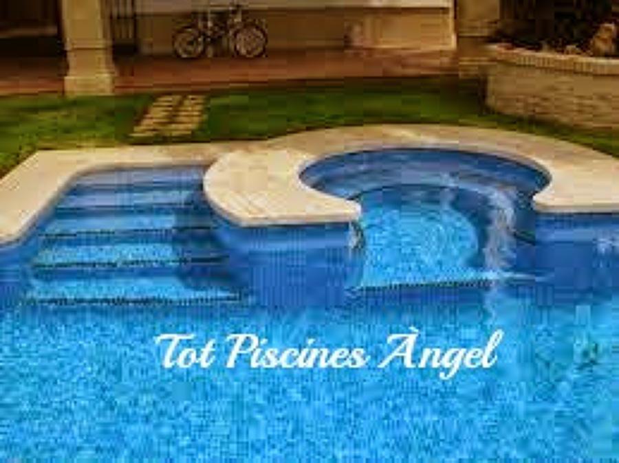 Foto Piscina Con Jacuzzi De Tot Piscines Angel 730601