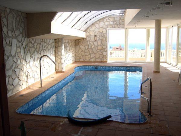 Foto piscina cubierta particular bolnuevo mazarron de for Piscina cubierta zaragoza