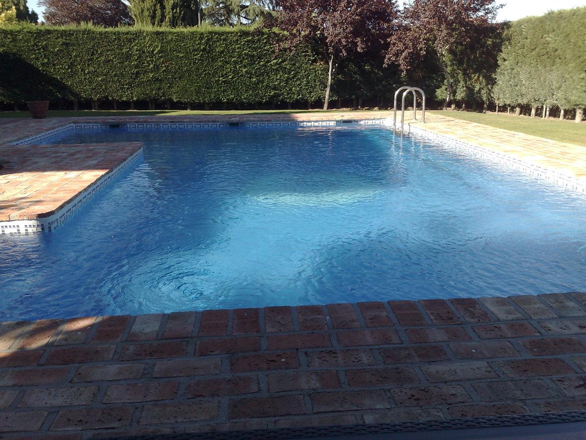 foto piscina de ladrillo de piscinas alro sl 247036
