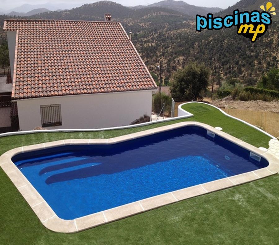 Foto Piscina De Poliester Color Azul De Piscinas Mp