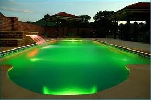 Foto piscina de poliester de piscinas ferma 213910 for Piscinas de poliester economicas