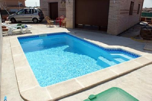Foto piscina de poliester de piscinas ferma 220234 for Piscina poliester