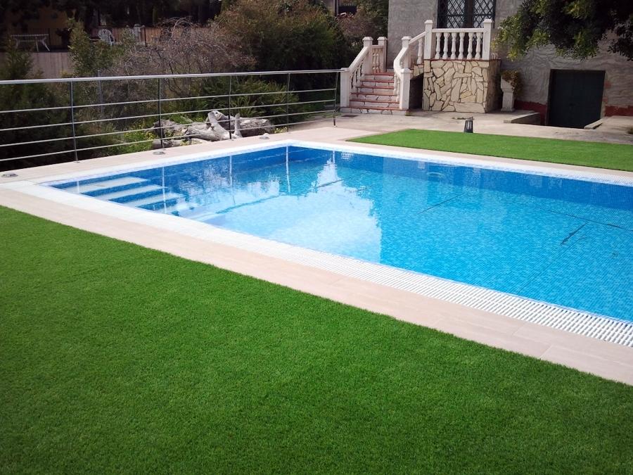Empresas construcci n piscinas valencia habitissimo for Piscina benifaio