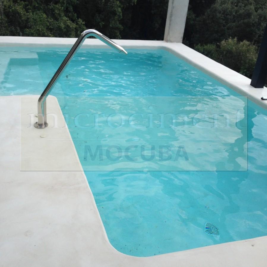 Foto piscina exterior microcemento de shaco mocuba - Microcemento piscinas ...