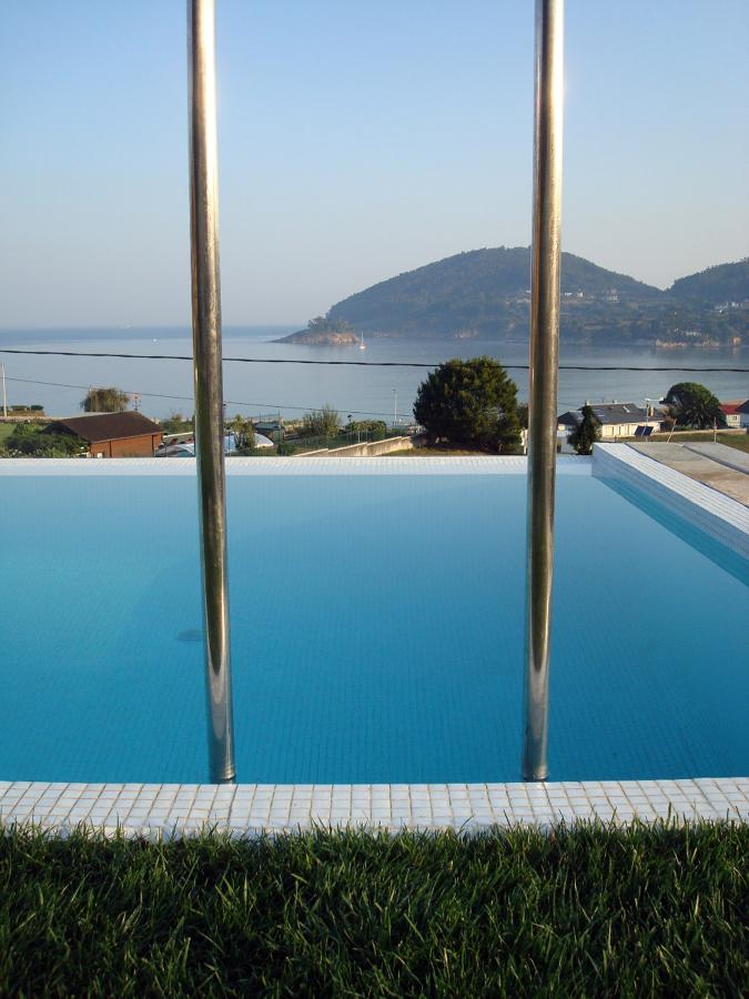 Foto piscina jard n de entorno ambiental 192784 for Piscinas jardin cordoba