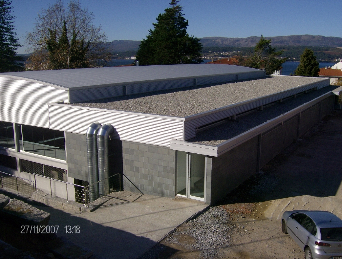 Foto piscina municipal de rianxo de miguel ngel 195648 for Piscina municipal avila