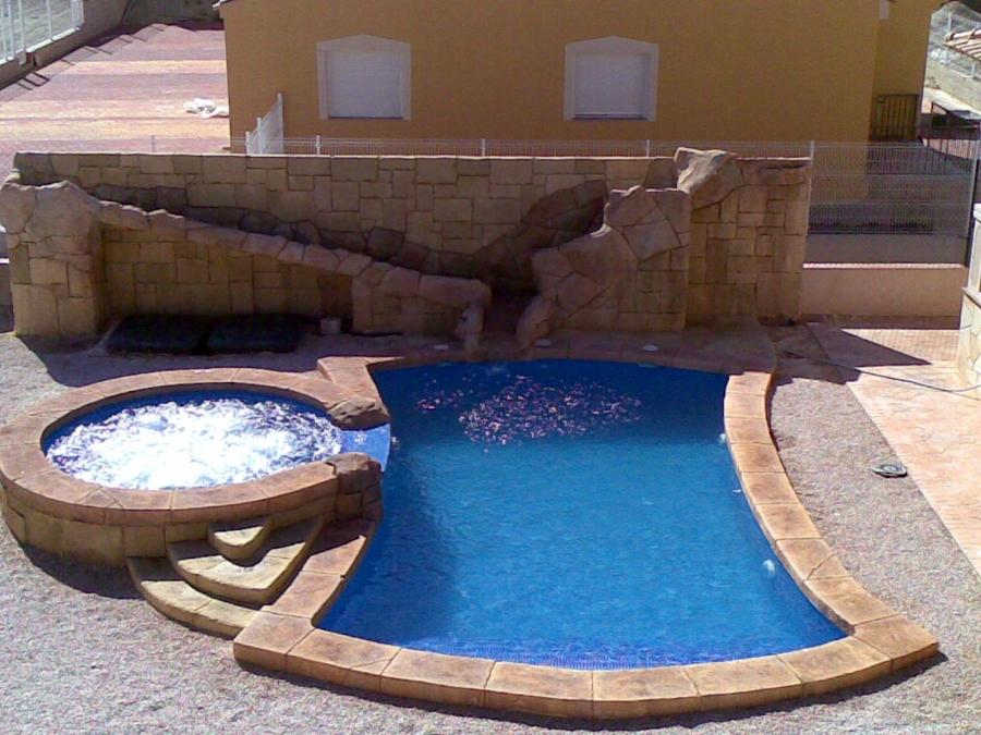 Piscina privada en La Alcayna