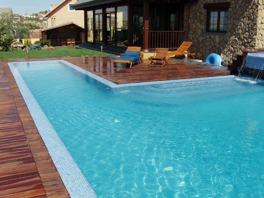 foto piscina privada tipo bali de piscijardin s l
