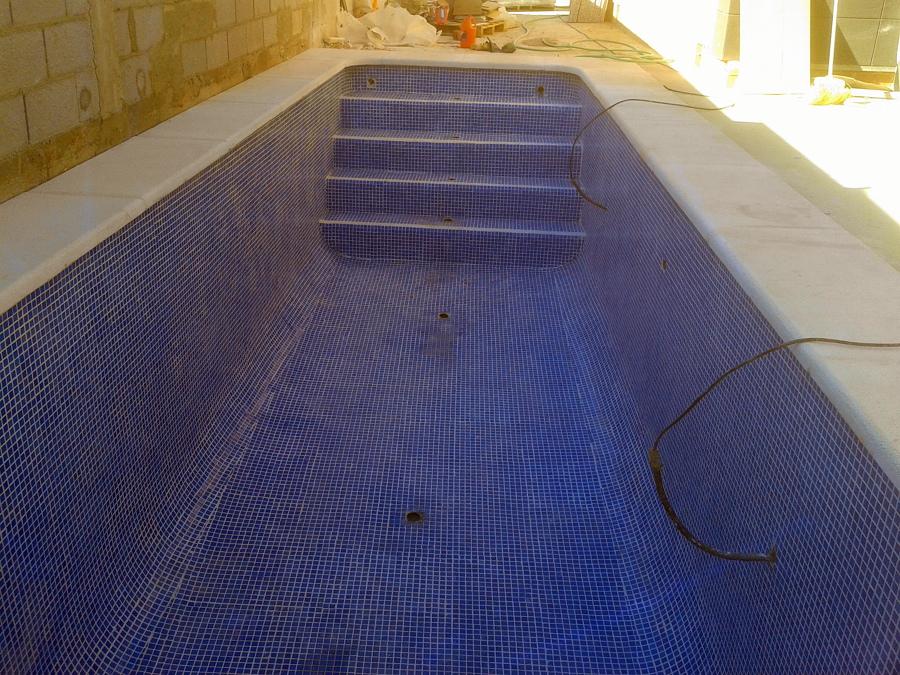 Foto piscina rectangular de stefan druga 454061 for Piscinas de plastico rectangulares