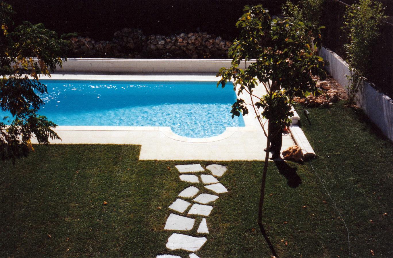 Foto piscina y jardin sevilla la nuena de jardines paco s for Jardines con piscinas desmontables