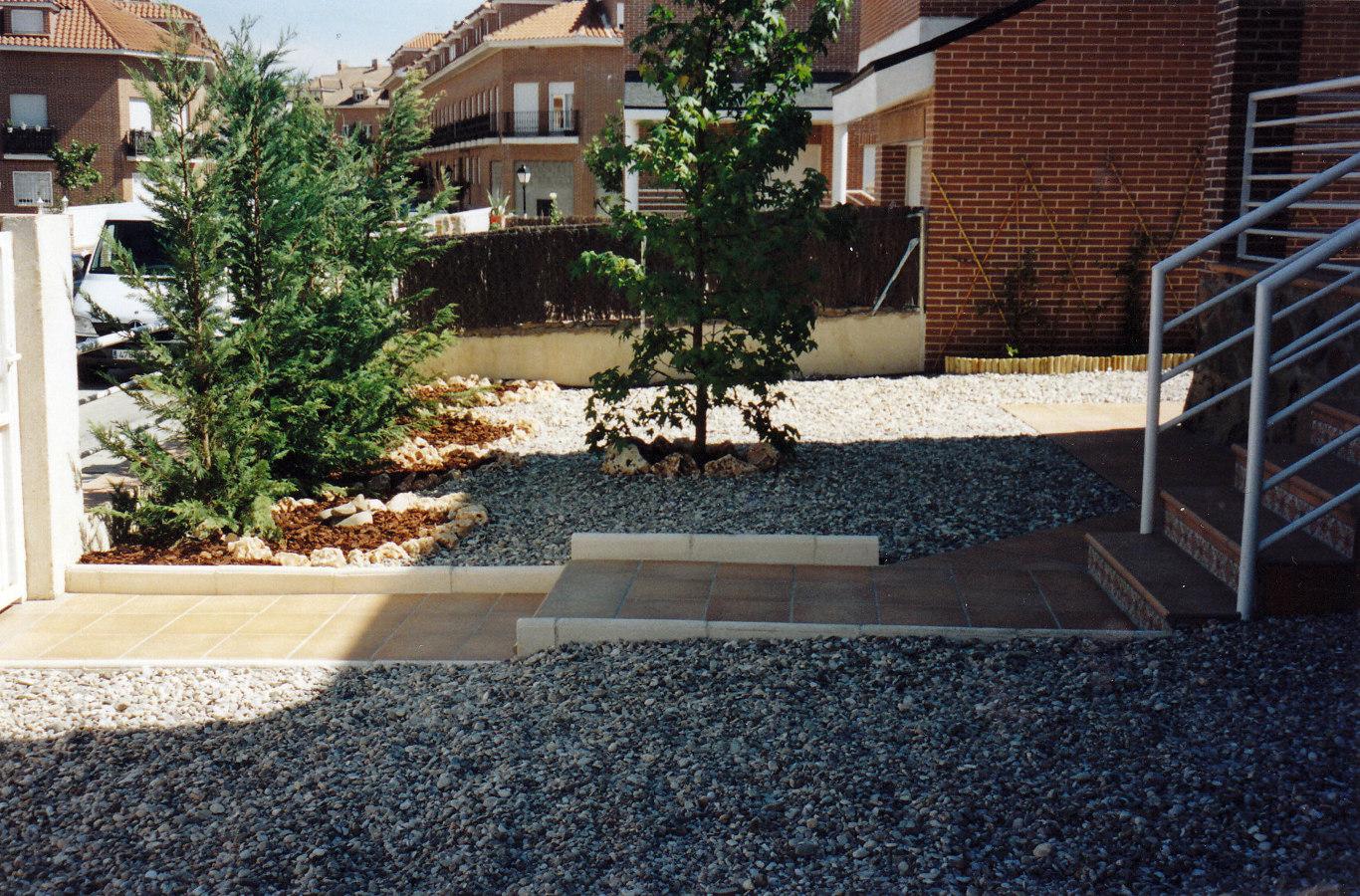 Foto piscina y jardin sevilla la nuena de jardines paco s for Piscina avenida ciudad jardin sevilla