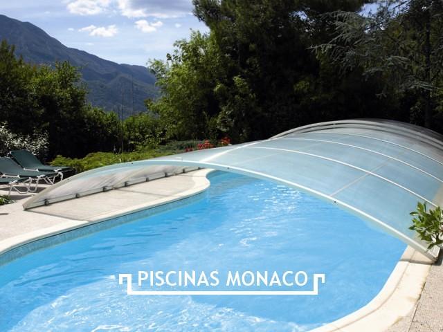 Foto piscinas cubiertas de piscinas m naco 135026 for Piscina cubierta alminares granada