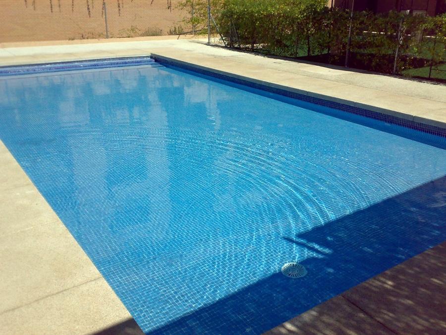 Lejos de casa piscinas infantiles zaragoza for Piscina infantil