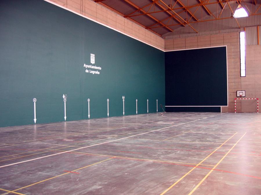 Foto pistas deportivas de pinturas filo villamediana de - Pintura para pistas deportivas ...