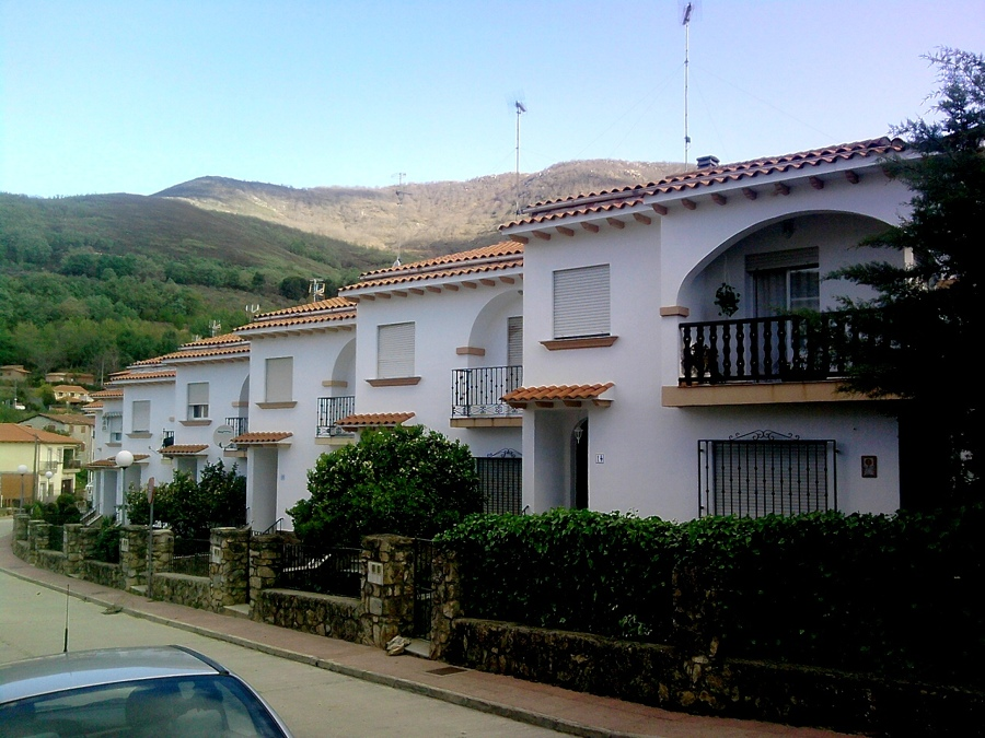 Promocion de viviendas Arquitectos Miranda en Losar de la Vera