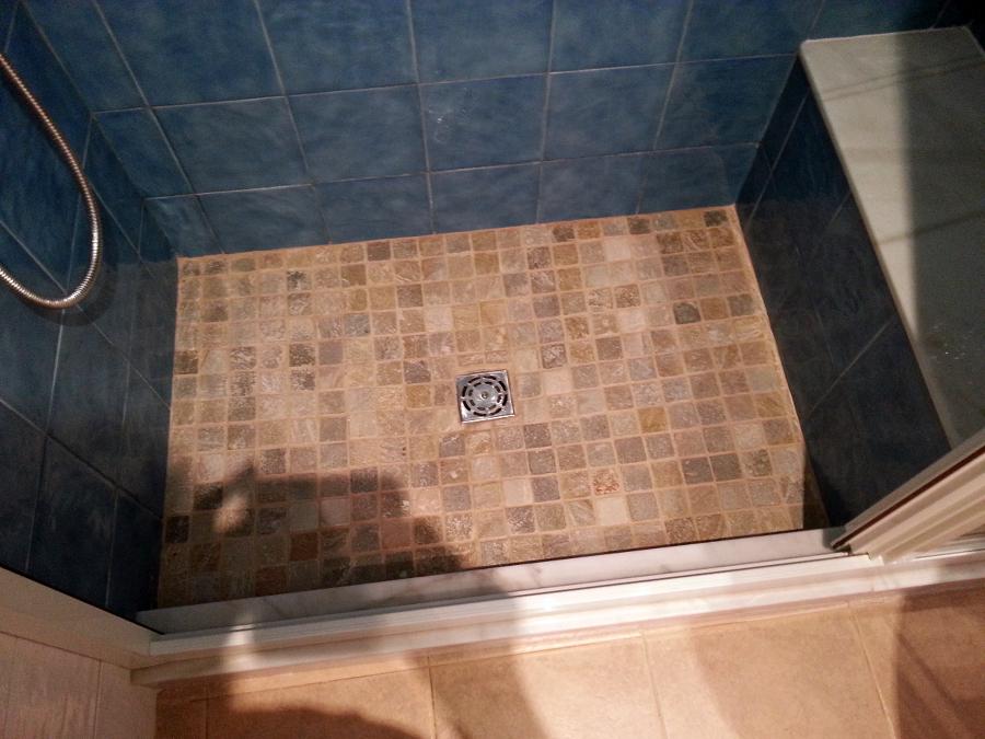 Foto placa de ducha gresite marmol de construcciones y for Placas de marmol medidas