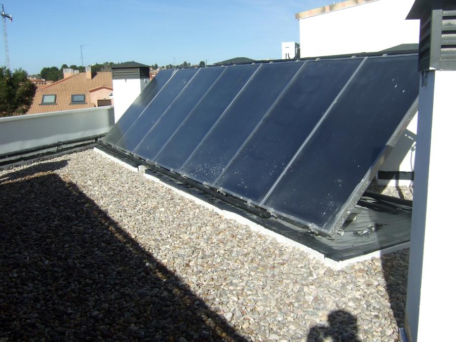 Foto placas solares de rehabilitaciones vinmar s l for Placas solares barcelona