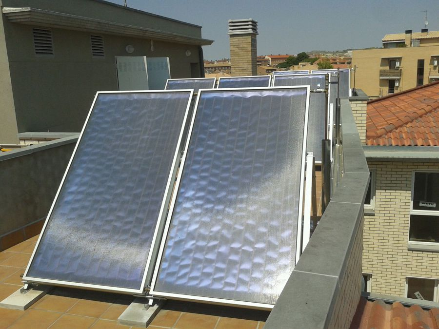 Foto placas solares de santiago cantin gracia 523388 for Placas solares barcelona
