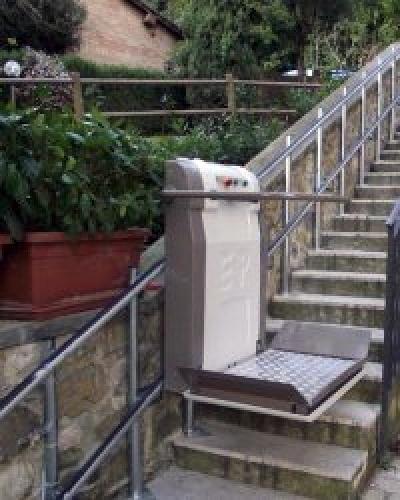 plataforma salvaescaleras exterior