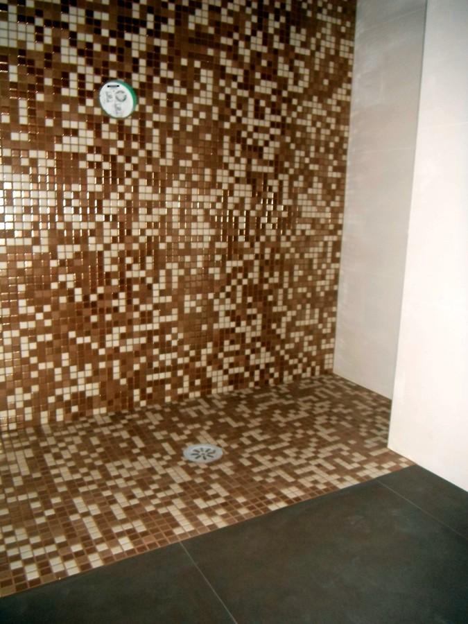 Foto plato de ducha de obra in situ de construcciones for Plato de ducha de obra