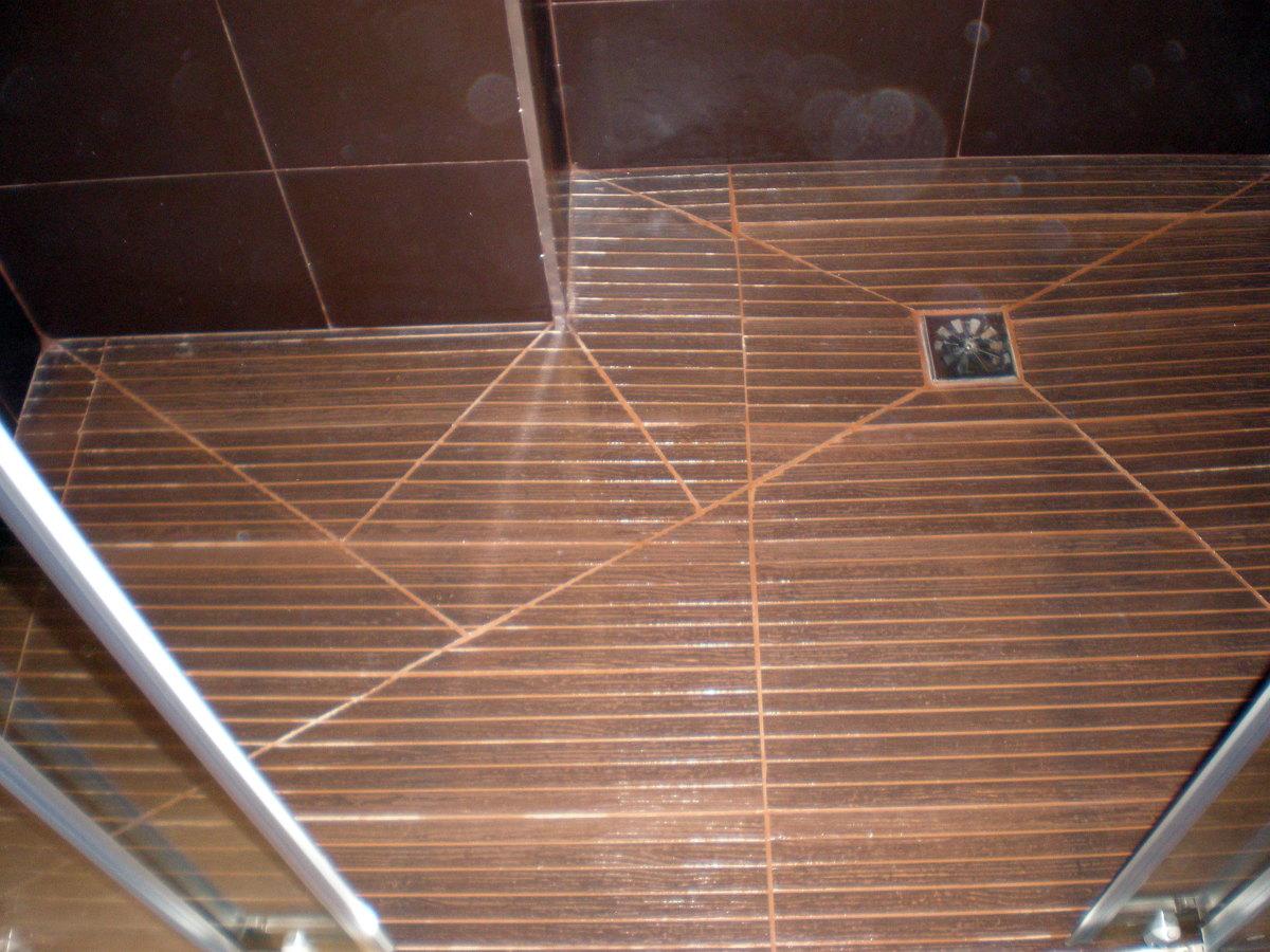 Foto plato de ducha de obra de corema construcciones - Duchas de obra fotos ...
