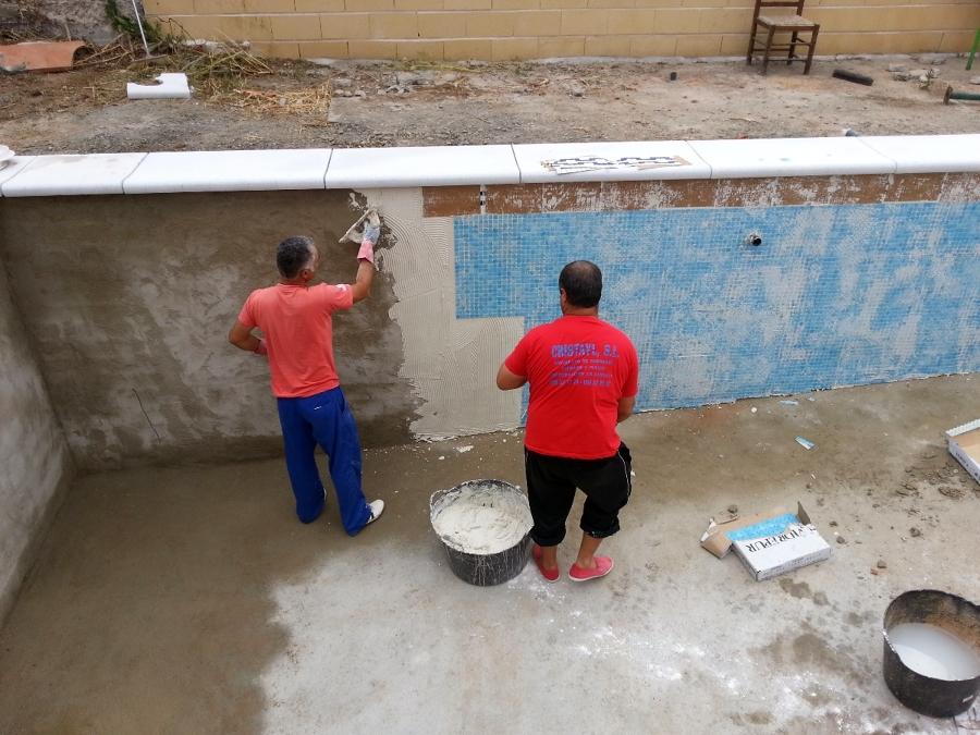 Foto aplicar gresite en piscina de cristayl s l 375664 - Como poner gresite ...