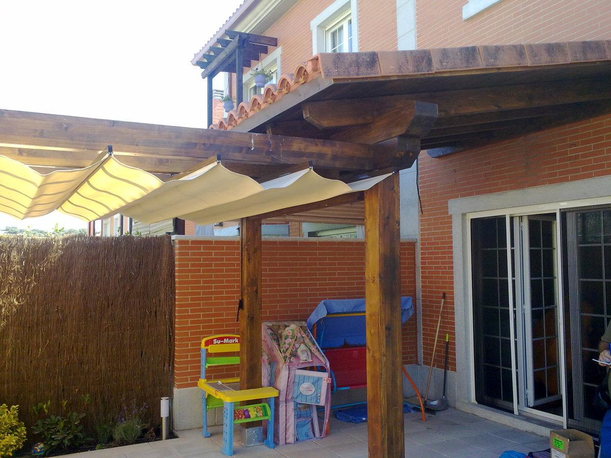 Foto porche con teja y pergola con toldo de reformas y construcciones garre s l u 183244 - Pergolas con toldo ...