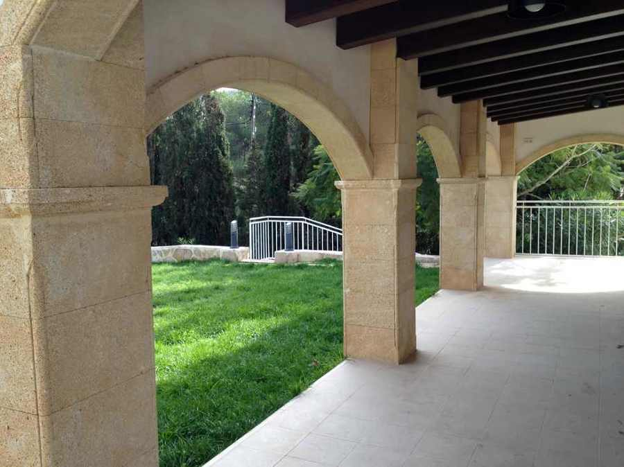 Foto porche r stico de espacios y proyectos 313450 - Fotos de porches rusticos ...