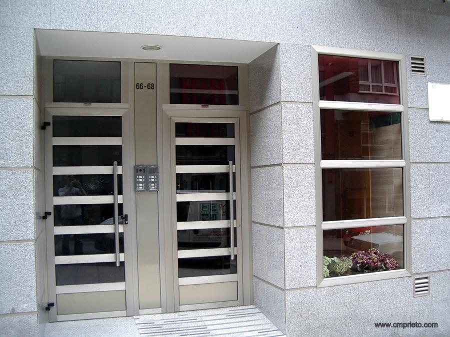 Foto portal alumino de construcciones met licas prieto - Fotos de construcciones metalicas ...