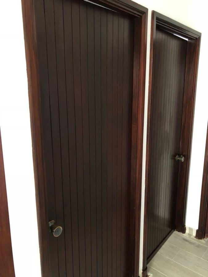 proyecto barnizado de puertas interior vivienda 5.JPG
