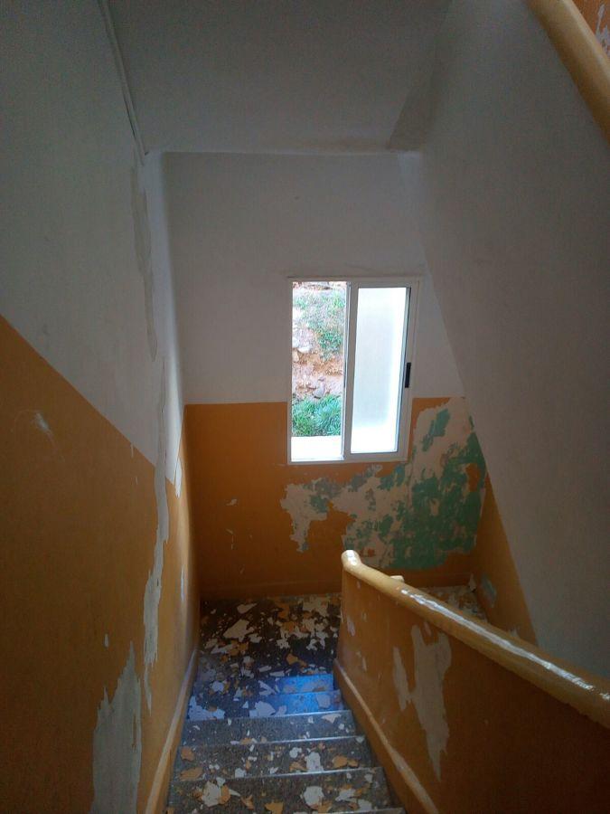 proyecto pintura interior caja escalera edificio 3.JPG