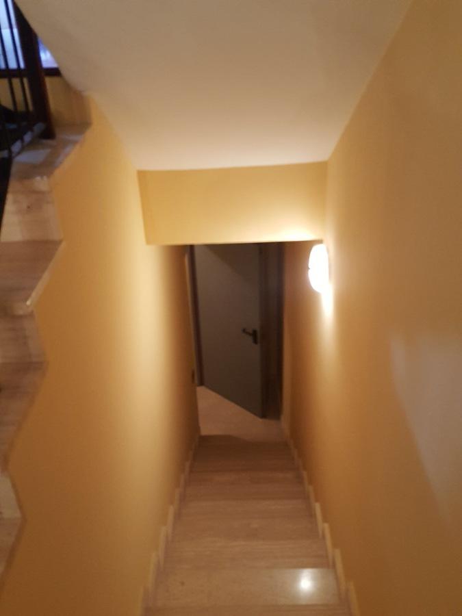 proyecto pintura interior vivienda  caja escalera 171117.JPG