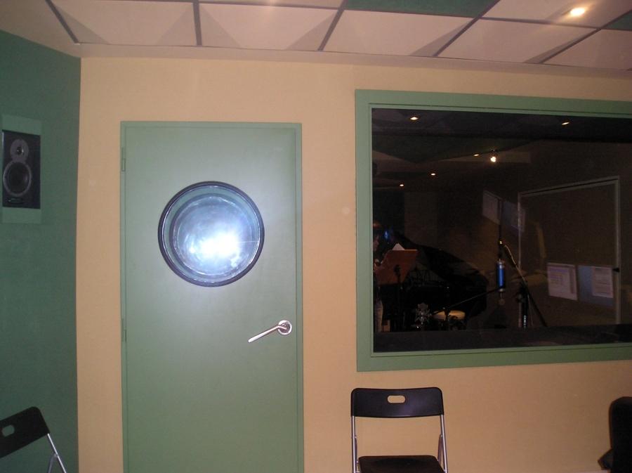 Puerta acústicas