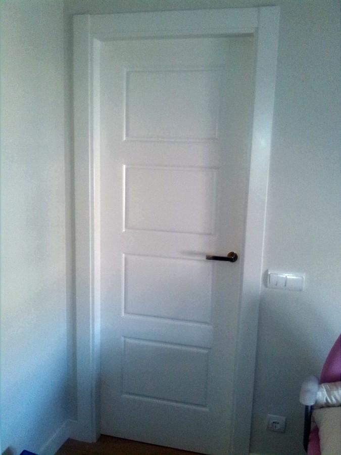 puerta ciega lacada