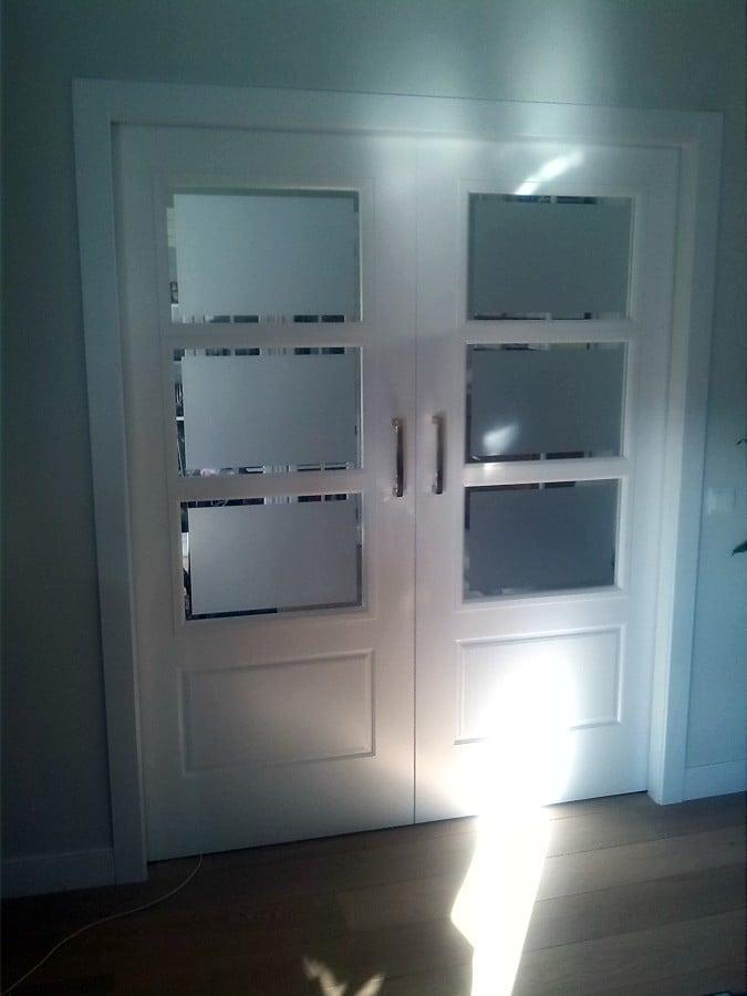 Foto puerta corredera doble vidriera de carpinter a - Vidrieras para puertas ...